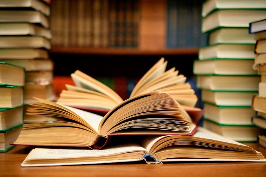books-stockphoto